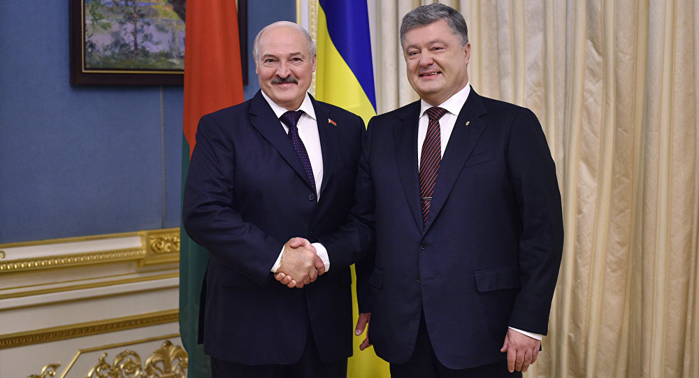 Петр Порошенко рассказал Лукашенко, что ему делать с протестами