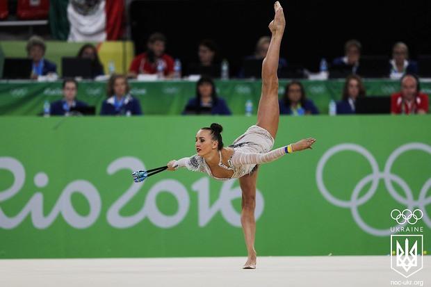 Ризатдинова вышла в финал многоборья по художественной гимнастике на Оли...