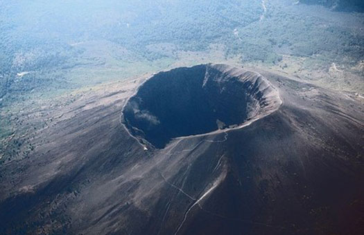 Извержение вулкана на Суматре чуть не уничтожило людей 73 тыс. лет назад