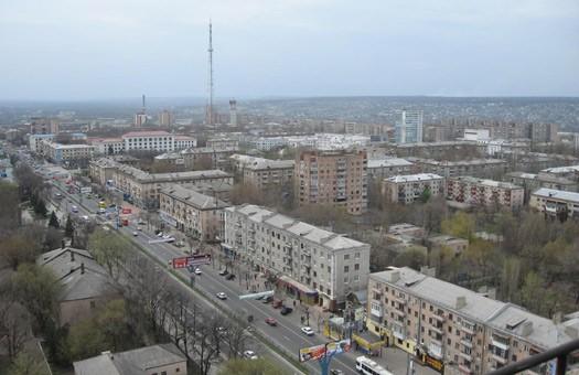 В Луганске забросали камнями штаб Тягнибока. Свобода обещает жесткий отв...