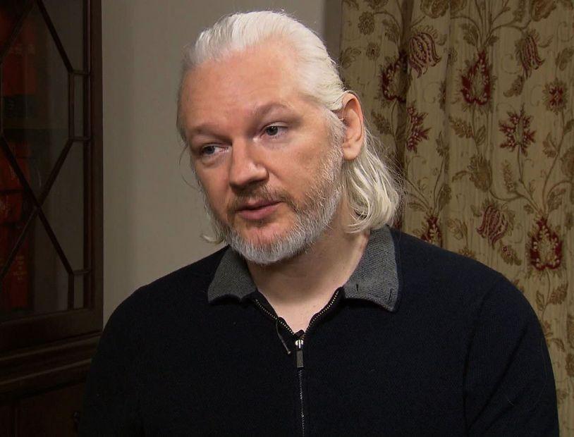 Асанж больше не возглавляет WikiLeaks