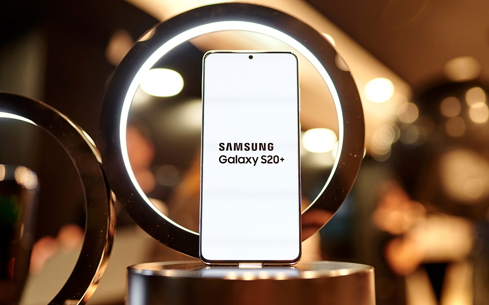 Samsung представил линейку флагманских Galaxy S20 с рекордной кратностью...