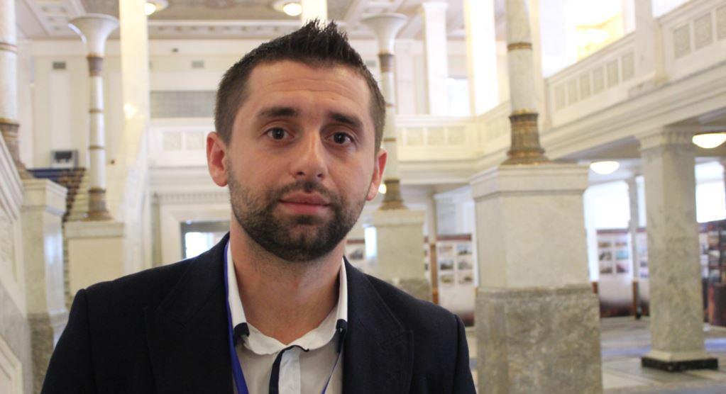"""""""Есть более важные дела"""". Рада не будет отстранять Геращенко от заседани..."""