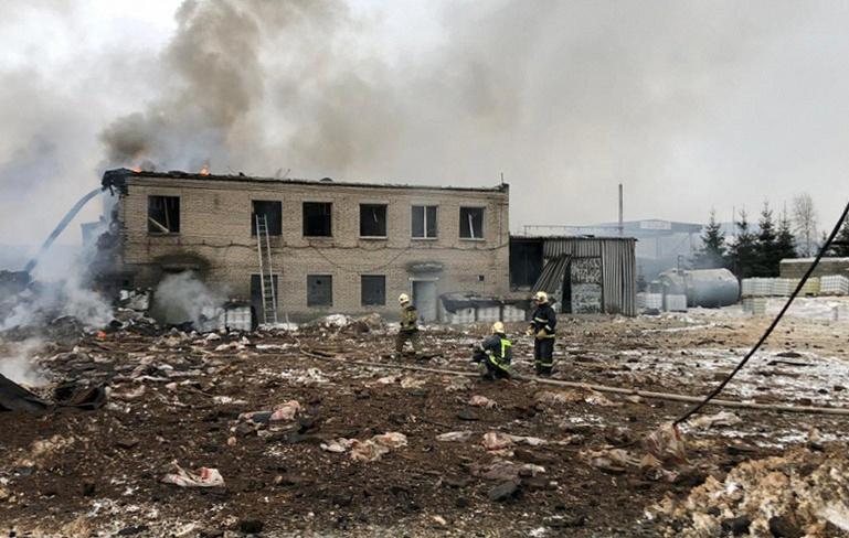 В России на химзаводе произошел взрыв