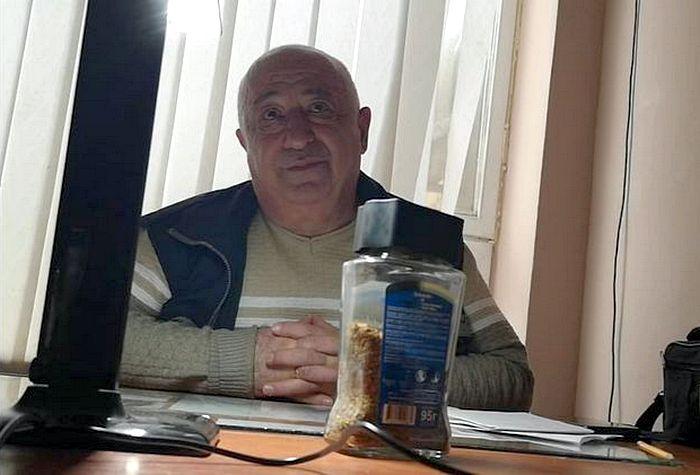 На работе попросили: Шмыгаль объяснил, почему назначат выплаты отцу Зеле...