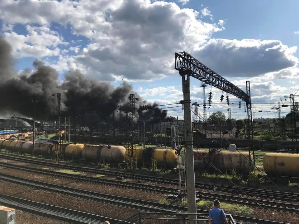 Во Львове горит локомотивное депо