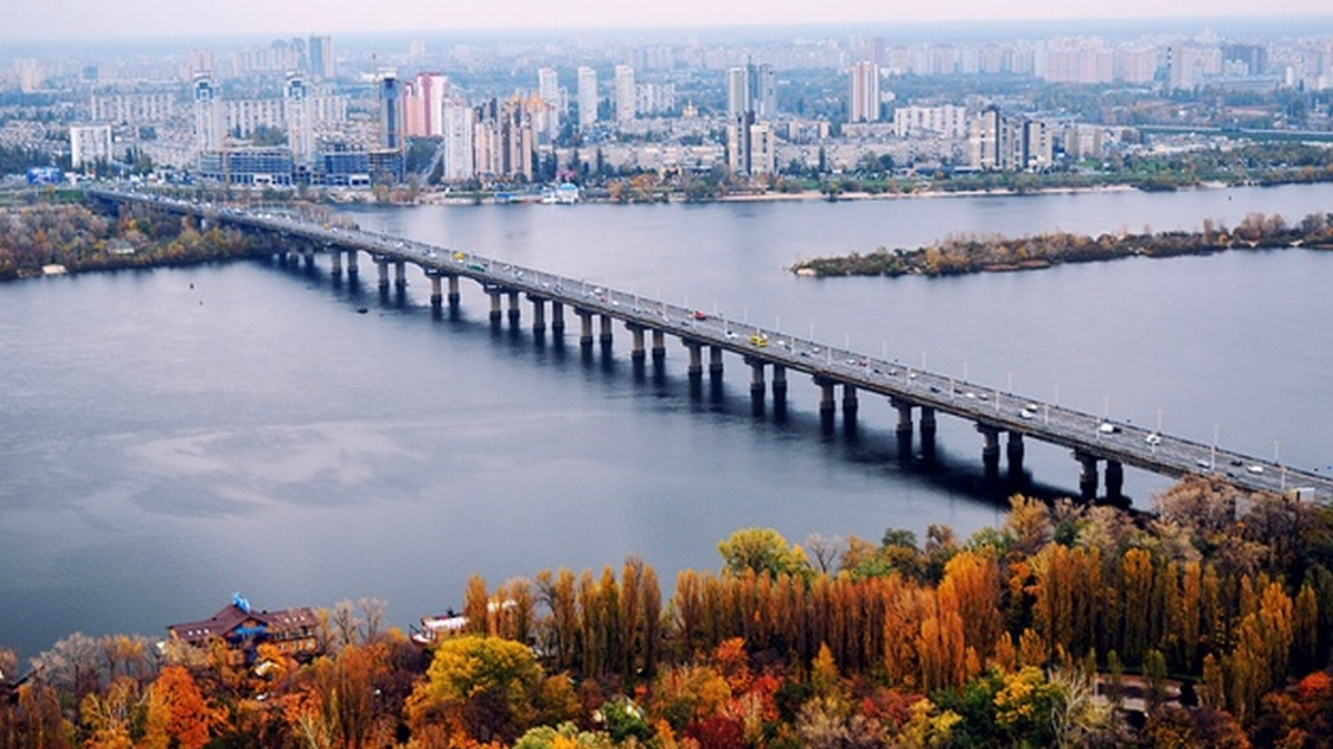 Мост Патона во время реконструкции перекрывать не будут, – Кличко