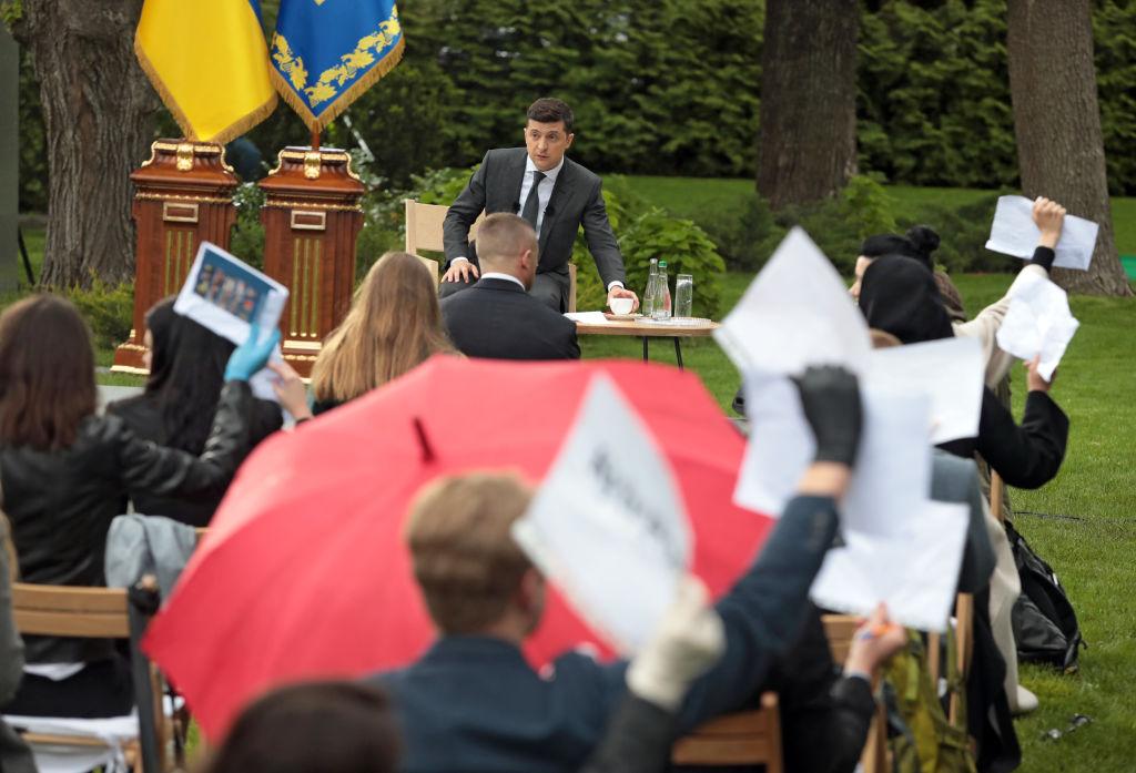 """Закрутить гайки. """"Слуги народа"""" хотят сделать то, что не вышло у Януковича и Порошенко"""