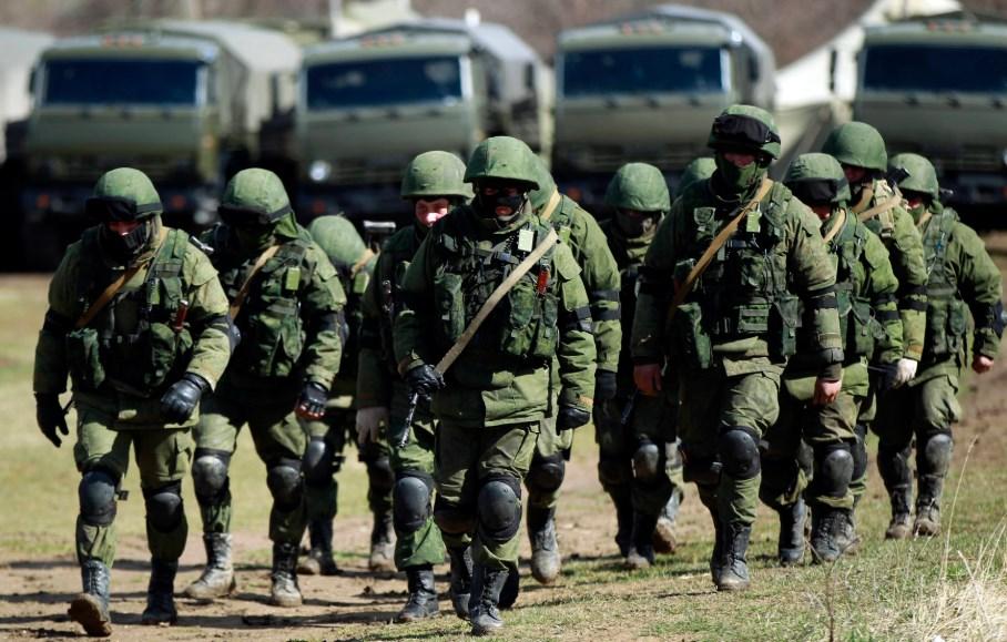 У границы Украины находится 25 батальонов РФ и 82 тыс. российских военны...