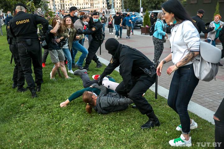 В Беларуси прошли митинги в поддержку незарегистрированных кандидатов в...