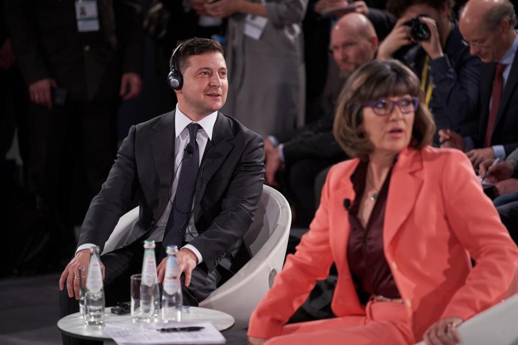 Хотим осенью провести выборы на Донбассе и в Крыму, – Зеленский