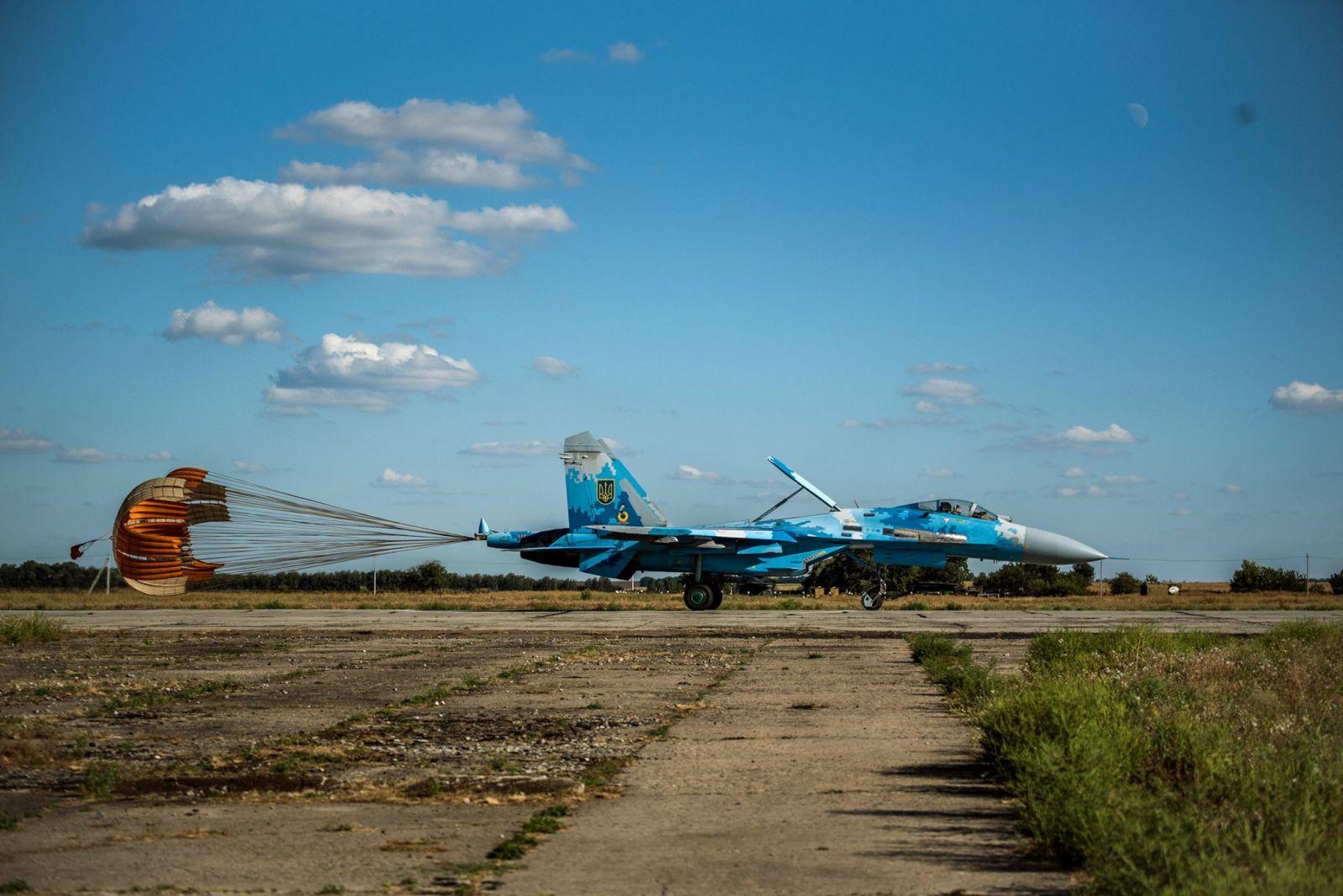 Где куется победа в воздухе. Почему украинские ВВС летают на 40-летних с...