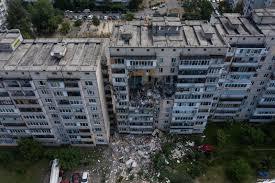 Взрыв на Позняках: полуразрушенный дом укрепят, а потом снесут