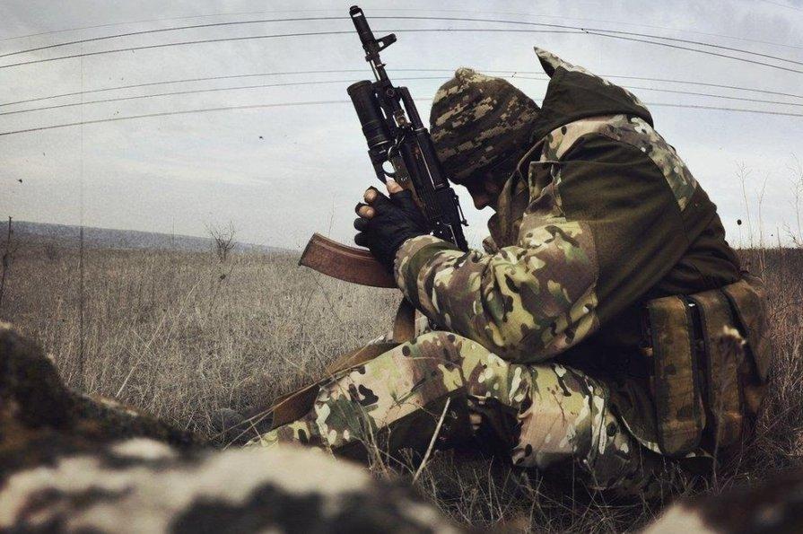 В результате обстрела боевиков на Донбассе погиб украинский воин