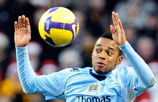 Манчестер Сити посоветовал Робиньо искать другой клуб
