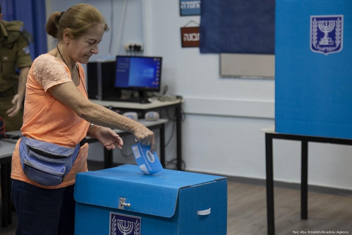 На выборах в Израиле побеждает оппозиция