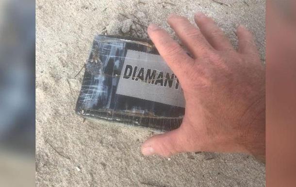 "Ураган ""Дориан"" вынес на побережье Флориды крупную партию кокаина"