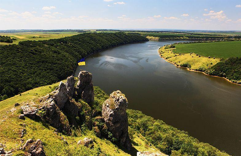Метеорологи сообщают о подъеме воды в реках западной Украины