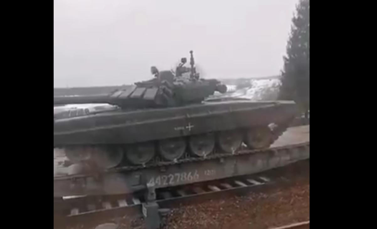 Россия перебрасывает танковую дивизию из Кемерово под границу с Украиной, - расследование (видео)