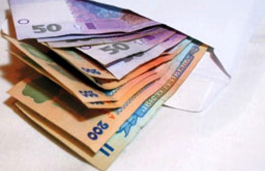 Задолженность по зарплате в Украине сократилась, - Госкомстат