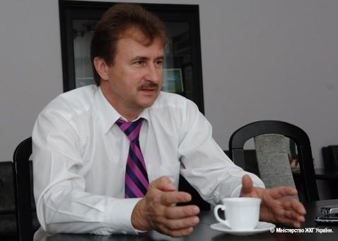 БЮТ: Попов превратит школы Киева в частные лавочки