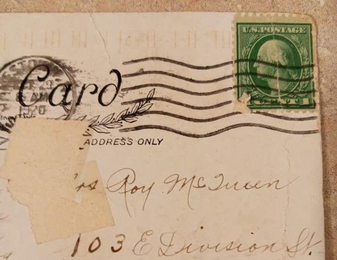 Привет из прошлого. Американке пришла открытка, которую отправили в 1920...