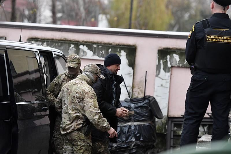 Суд в Москве оставил в СИЗО украинских моряков