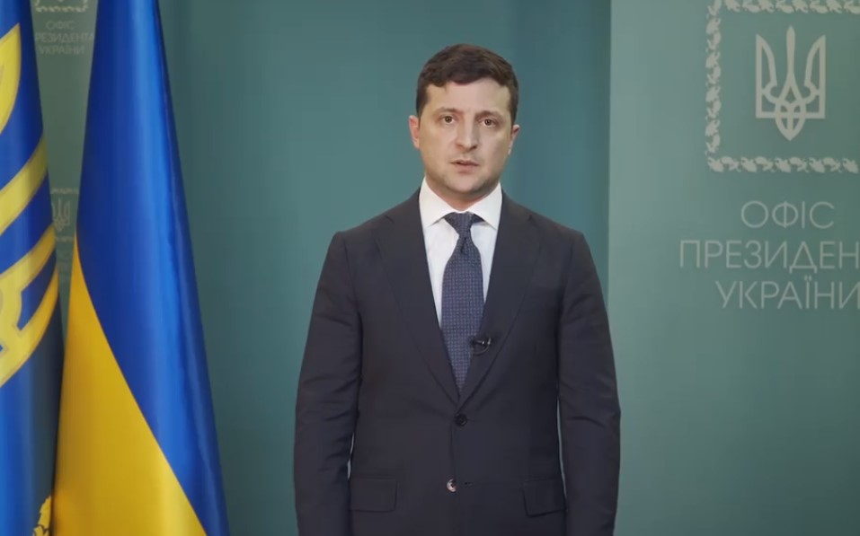 Эвакуация из Уханя. Зеленский напомнил спевшим гимн врачам его самую важ...