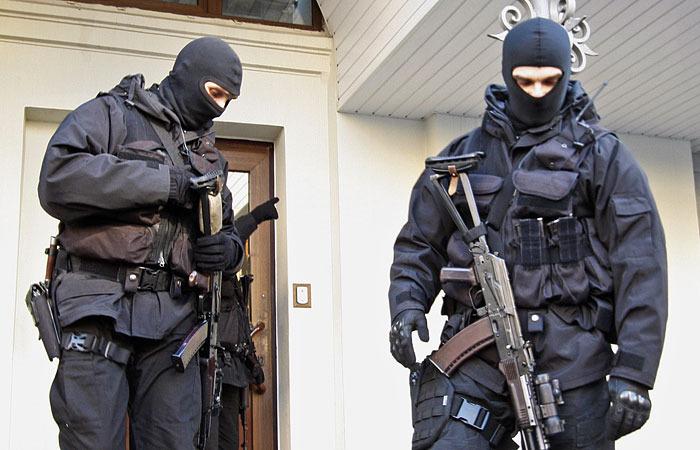 СБУ и ГПУ проводят обыск в Госрезерве