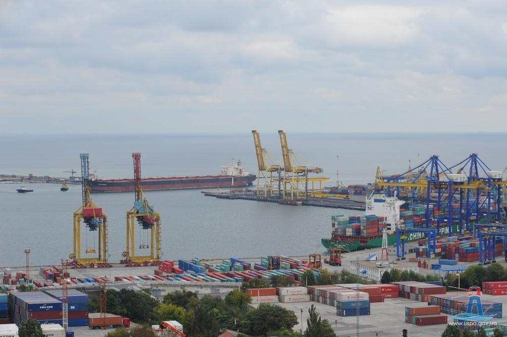 Украинские морские порты установили рекорд десятилетия