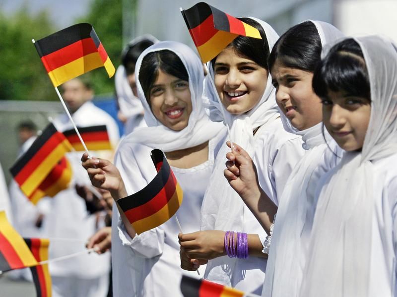 В Германии запретили госслужащим и судьям носить никаб и паранджу