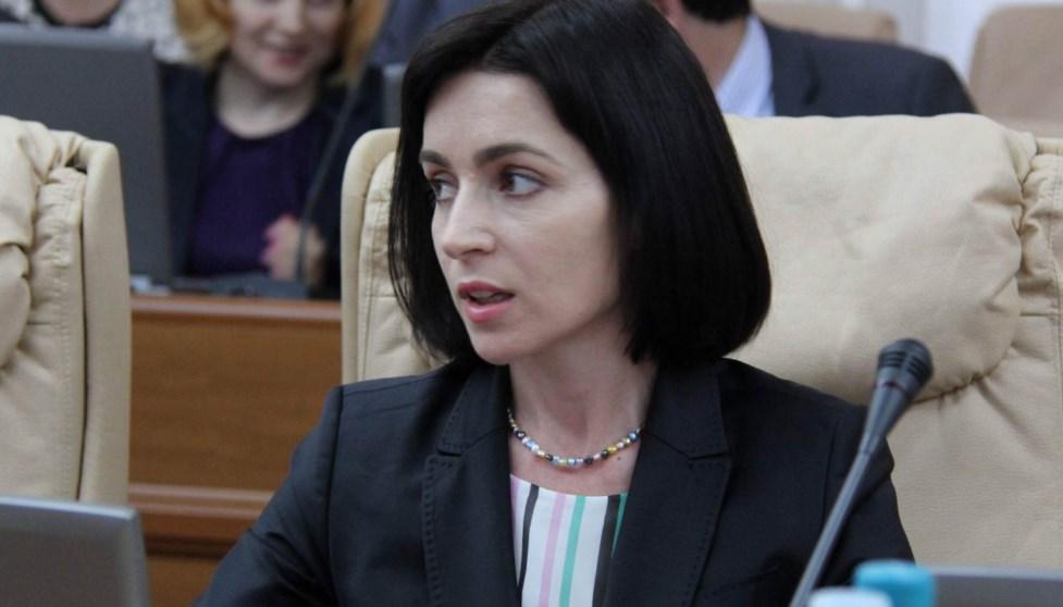 Премьер Молдовы потребовала отставки всех судей КС