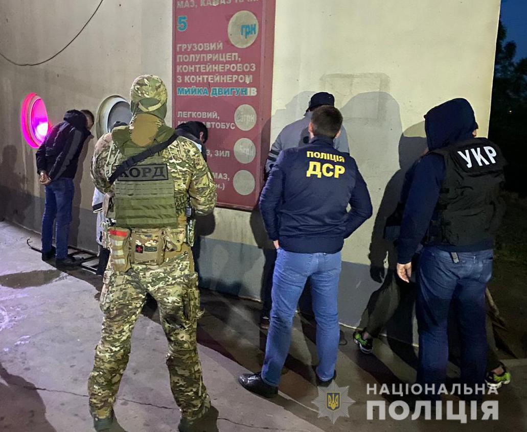 В Одессе задержали иностранных киллеров: они устроили покушение на глава...