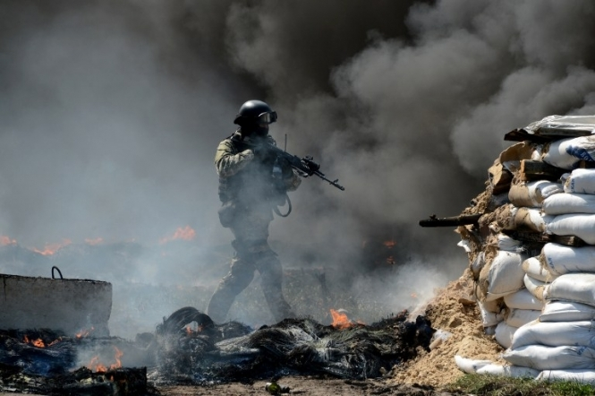 АТО: Враг обстрелял Новобахмутовку из тяжелой артиллерии
