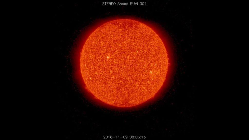 Зонд NASA зафиксировал на Солнце невидимый корональный выброс