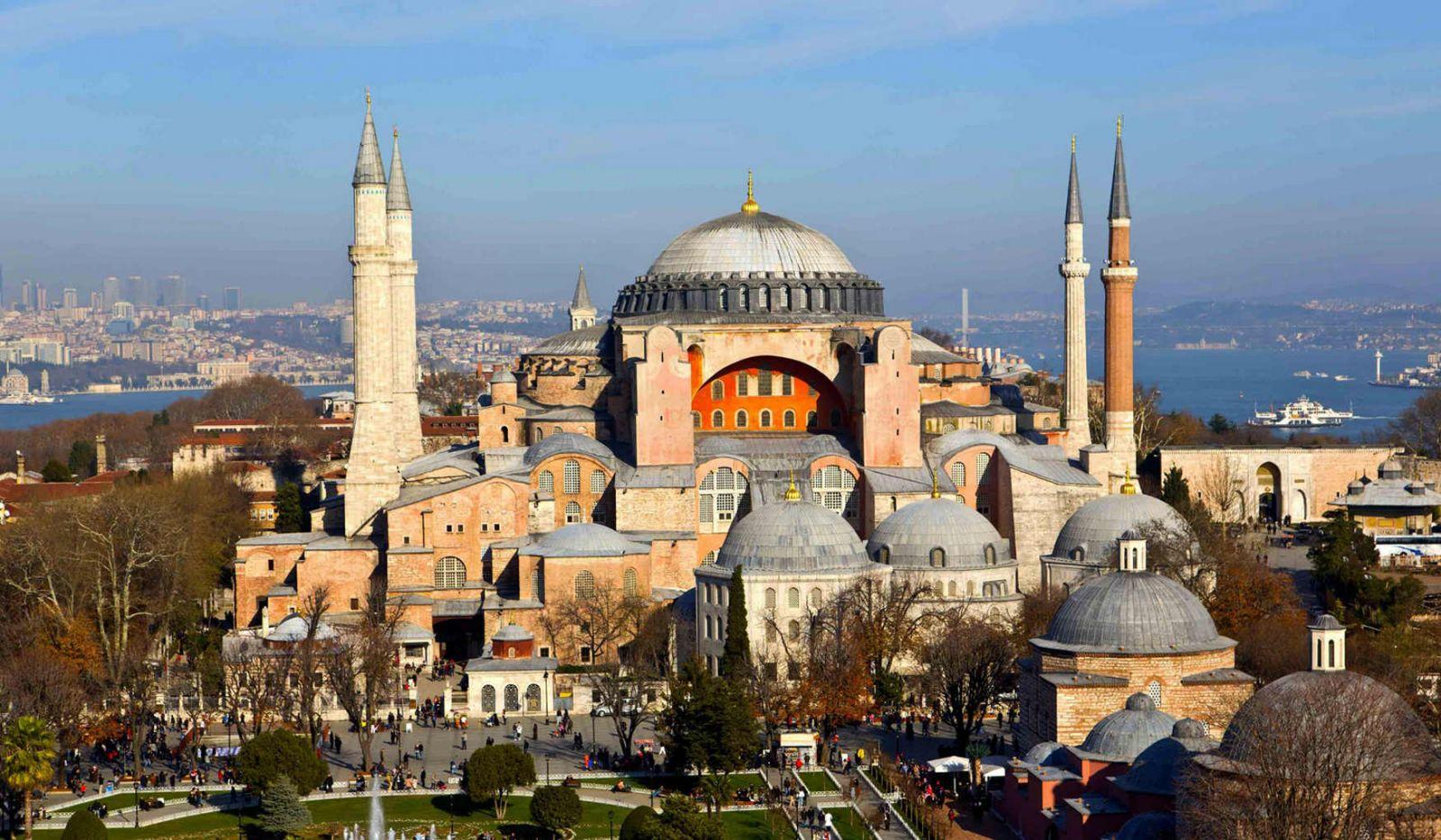 Собор Святой Софии в Турции официально стал мечетью