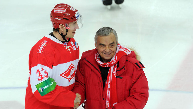 Умер знаменитый советский хоккеист
