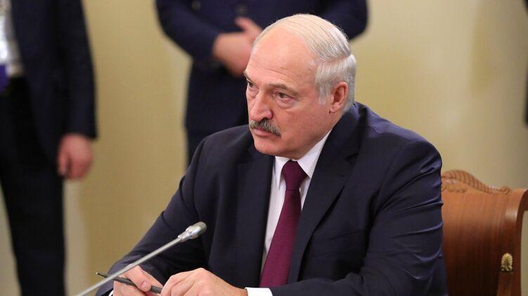 """""""Не губите первого президента страны"""": Лукашенко назвал условия, при кот..."""