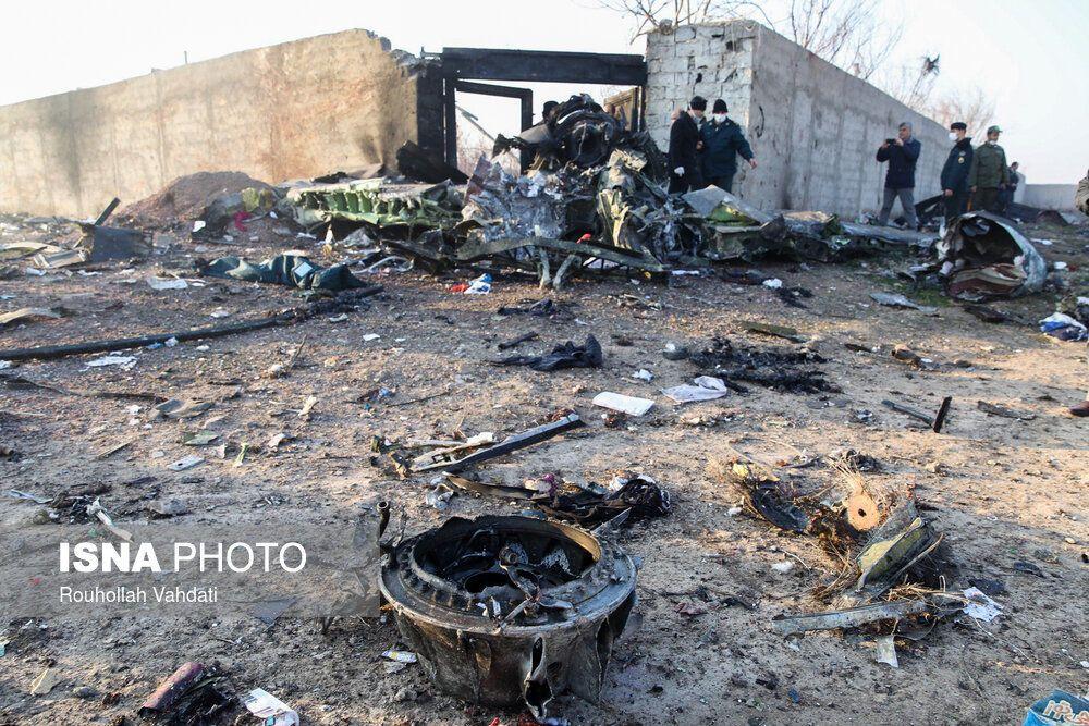 Катастрофа МАУ в Иране: появились фото с места падения самолета