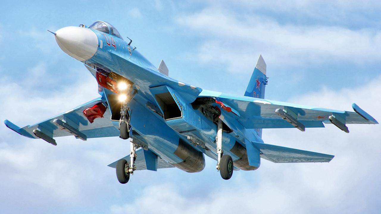 В Черное море возле Крыма рухнул российский истребитель