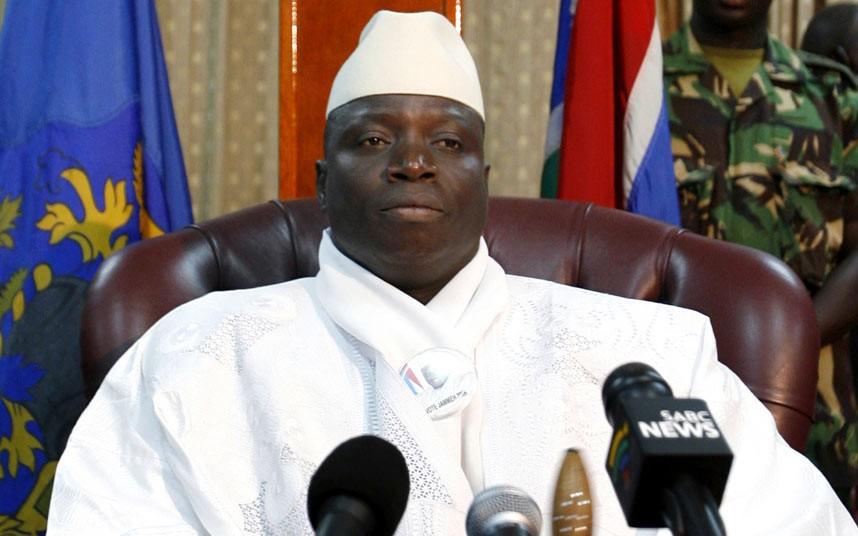 Сенегал приостановил военную операцию в Гамбии