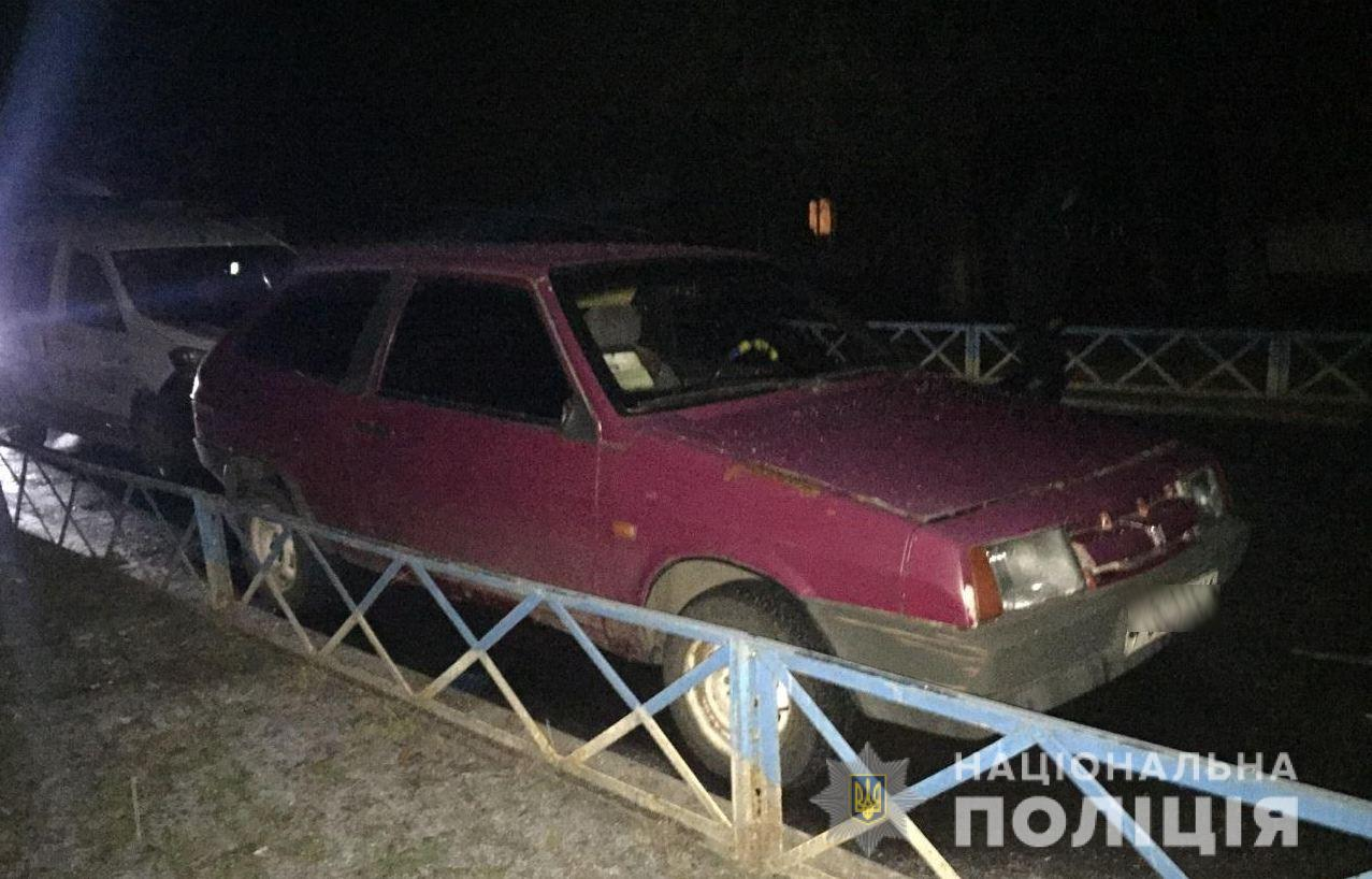Под Киевом полиция поймала пьяного водителя, который на краденой машине...