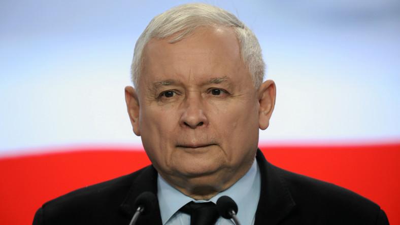Качиньский: Россия должна выплатить Польше репарации за Вторую мировую в...