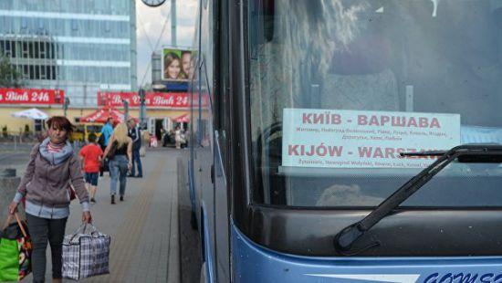 В Польше насчитали более 900 тысяч украинских заробитчан