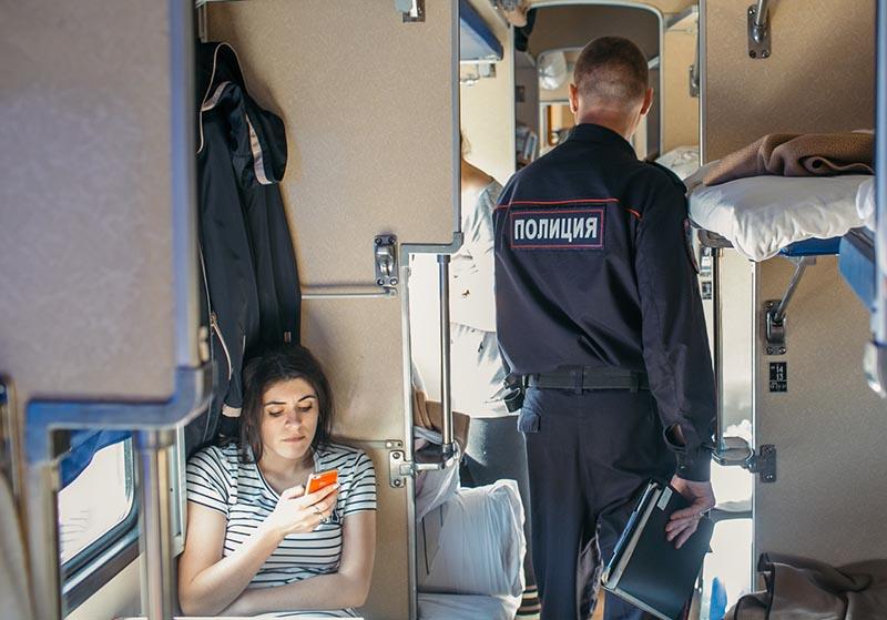 """""""Укрзализныця"""" хочет вернуть в поезда сотрудников полиции"""
