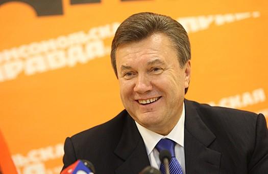 Янукович: сбор денег на советский памятник идет хорошо