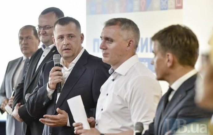 """Партия мэров: В оппозиции к """"Слуге"""" не будем, можем подумать и о партнер..."""