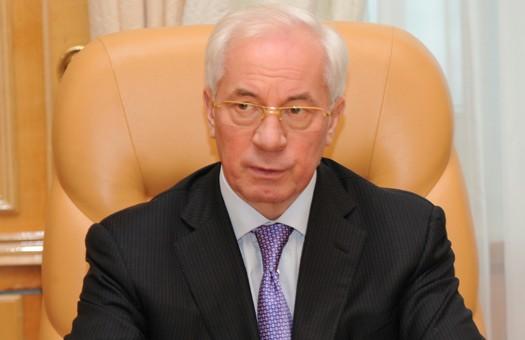 Азаров: пенсии хватит, чтобы заплатить за квартиру