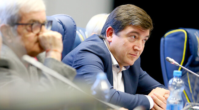 Сергей Макаров покинул должность президента ПФЛ