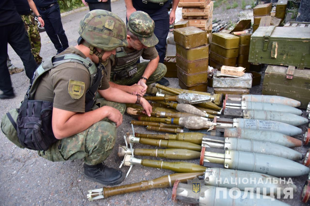 Батальоны имени Шейха Мансура, ОУН и УДА сдали остатки оружия